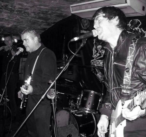 Mark Fleming playing in Edinburgh postpunk band Desperation AM.